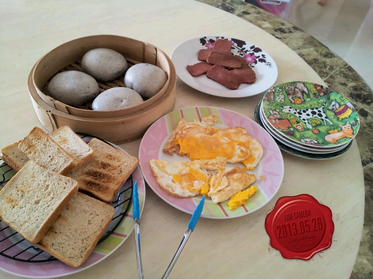 breakfast-26-may-1.jpg